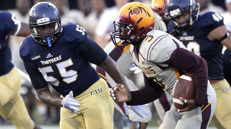 Wakefield S Fast Start On Pace To Break Fiu Defensive Records Fiu